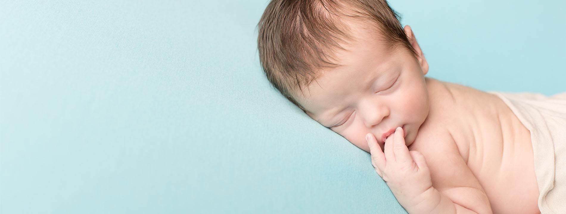 photo de catégorie Photographe de nouveau-né  à Saint-Lô de Ludovic Souillat